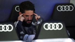 Isco, en el banquillo en el último Real Madrid-Barcelona.