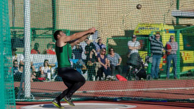 Un lanzamiento de Javier Cienfuegos durante el reciente Campeonato de...