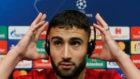 Fekir, en la rueda de prensa del Camp Nou.