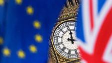 El Parlamento británico rechaza el acuerdo del Brexit de Theresa May