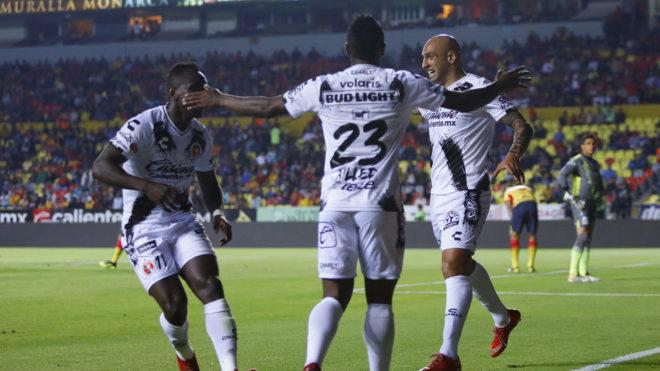 Celebración de los fronterizos en el Estadio Morelos/