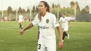 Andrea Esteban durante un partido con el Valencia.
