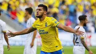 Rafa Mir celebra su gol al Málaga en el Gran Canaria