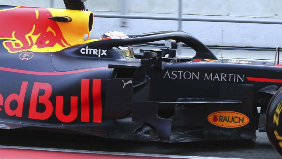 Verstappen. con el RB15, durante los test de Barcelona.