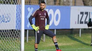 El portero de Santos confía en ganarse un lugar en la selección.