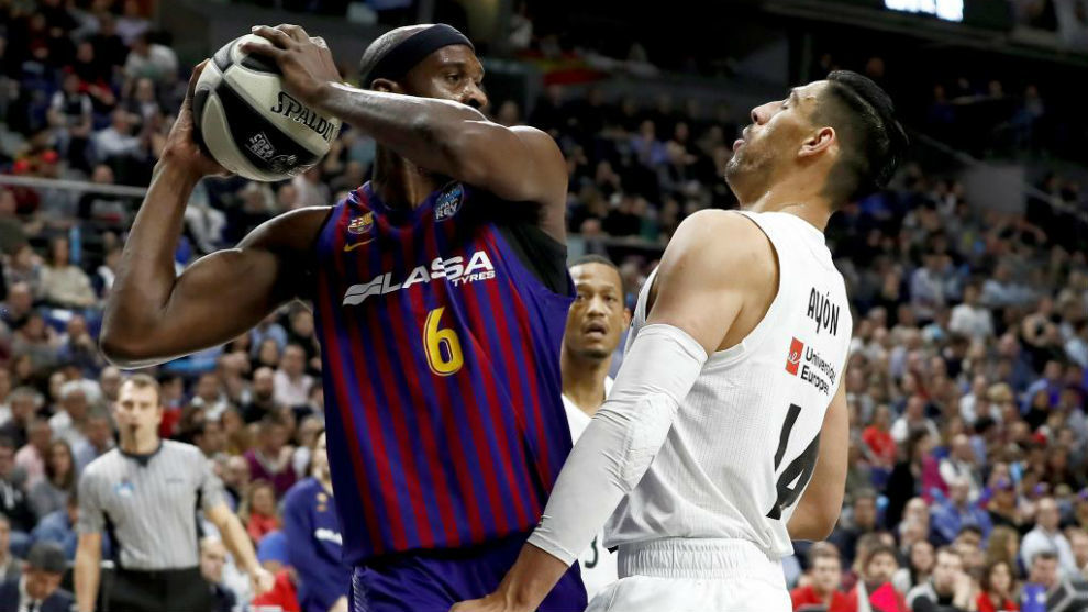 Basketball Barcelona Basketball Player Angers Fans With Praise Of Cristiano Ronaldo Marca In English