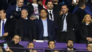 Ronaldo Nazario en el palco de Zorrilla junto a Florentino Pérez.