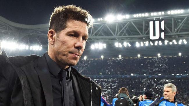 Simeone decepcionado tras perder ante la Juventus.
