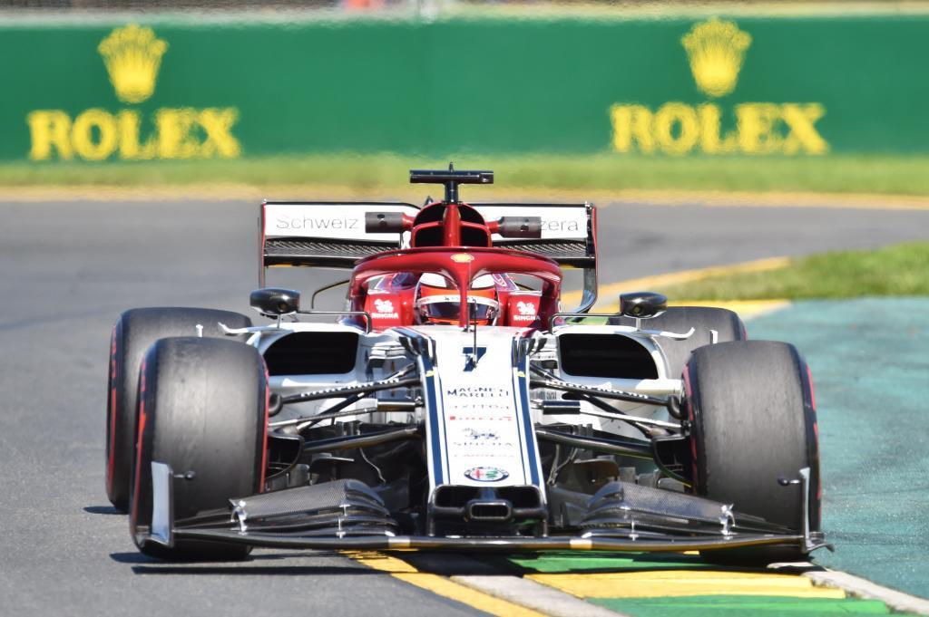 ZSN023. MELBOURNE (AUSTRALIA), 15/03/2019.- El piloto finlandés Kimi <HIT>Raikkonen</HIT> de la escudería Alpha Romeo participa en la primera sesión de práctica antes del Gran Premio de Fórmula Uno Australia 2019, este viernes, en el Albert Park Grand Prix Circuit de Melbourne (Australia). El Gran Premio de Fórmula Uno Australia 2019 tendrá lugar el 17 de marzo de 2019. EFE/James Ross/PROHIBIDO SU USO EN AUSTRALIA Y NUEVA ZELANDA