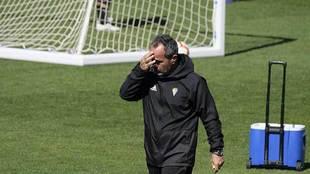 Álvaro Cervera, durante el entrenamiento de este viernes en El Rosal