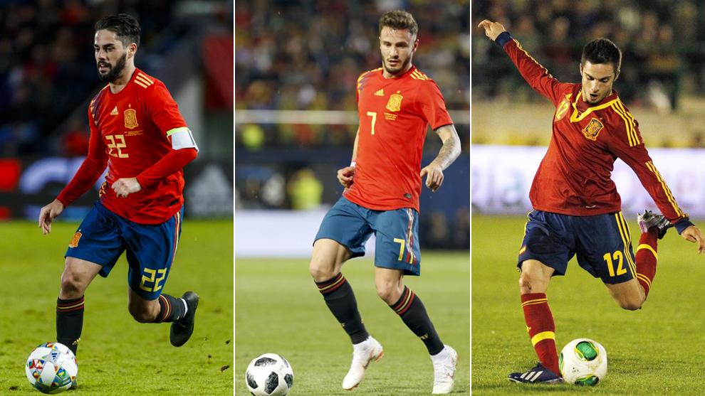 Isco, Saúl y Sarabia, con la camiseta de la selección