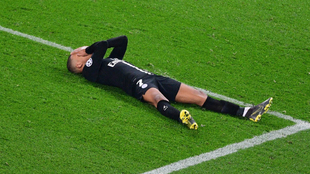 Mbappé se lamenta tras fallar una acción con el PSG