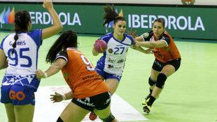 Un momento del partido entre el Aula Valladolid y el Bera Bera /