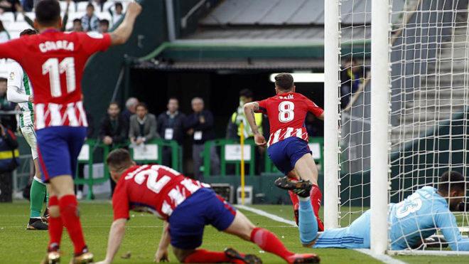 Saúl marca el 0-1 al Betis en el partido siguiente a caer en la...
