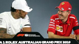 Hamilton y Vettel, en la rueda de prensa de la FIA.