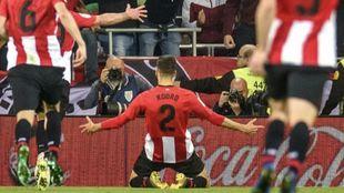 Kenan Kodro celebra el gol que selló la victoria.