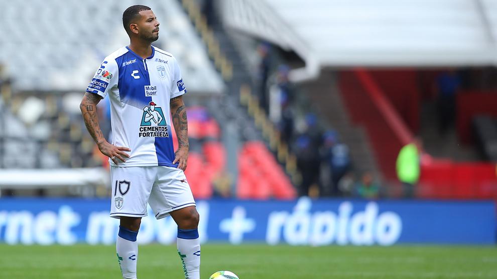 Edwin Cardona marcó el gol del descuento del Pachuca.
