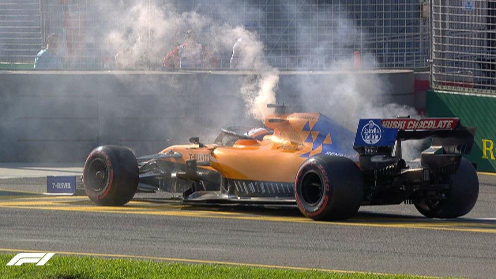 Carlos Sainz, tras averiarse su monoplaza.