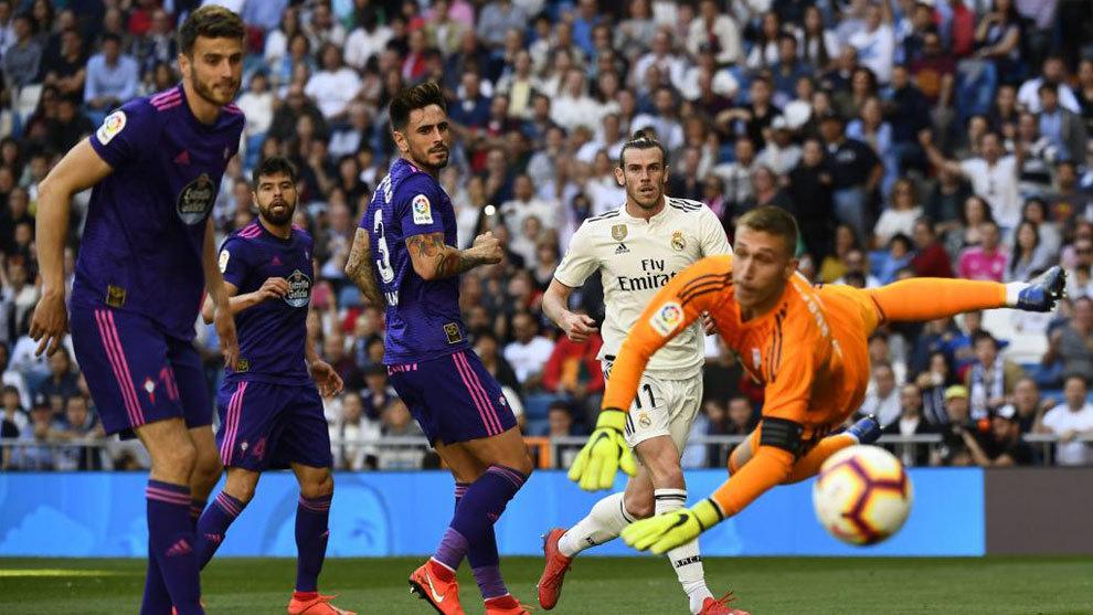 Gareth Bale logra batir a Rubén Blanco en el choque frente al Celta...