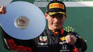 Max Verstappen, en el podio de Albert Park.