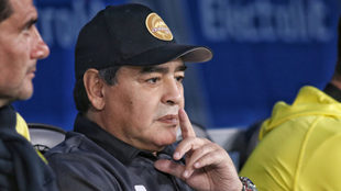 Diego Armando Maradona arremete contra Infantino.
