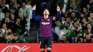 Leo Messi tras uno de los goles logrados en el Villamarín.