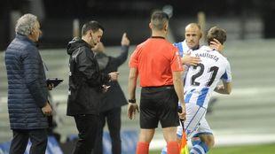 Bautista sustituye a Sandro, el viernes contra el Levante.