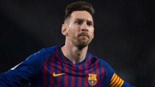 Messi celebra uno de sus goles en el Villamarín.