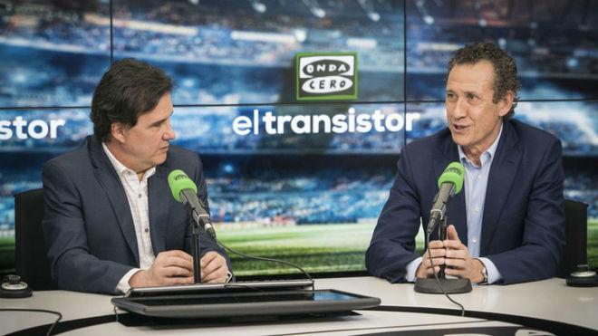 Jorge Valdano (right) alongside José Ramón de la Morena.