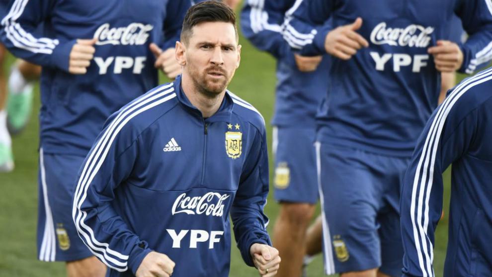 Con Messi, la Selección argentina realiza su primer entrenamiento en Madrid