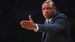 Doc Rivers, el favorito para devolver la ilusión a los Lakers
