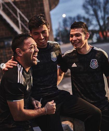 9606caaf7d75b Selección Mexicana  La selección mexicana presenta la nueva playera ...