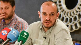 Carlos Jiménez, durante su comparecencia ante los medios.