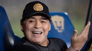 Diego Maradona pasa tiempo de calidad con su familia.