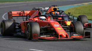 Verstappen, en pleno duelo con Vettel en Australia