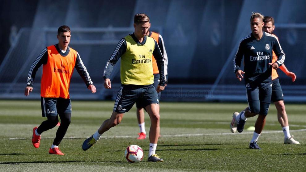 Marcos Llorente ya se entrena al mismo ritmo; Lucas Vázquez será el siguiente