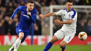 Mateo Kovacic, en acción con el Chelsea