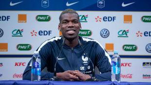 Pogba en la rueda de prensa con la selección francesa.