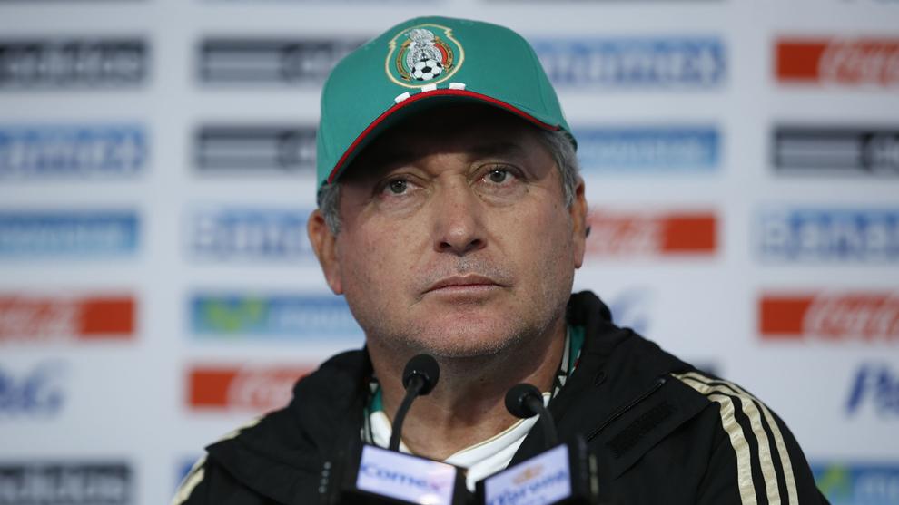 Víctor Manuel Vucetich habló sobre la actualidad de la selección...