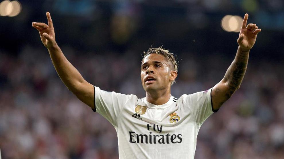 Mariano celebra su gol a la Roma