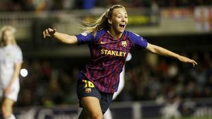 Toni Duggan celebra un gol ante el LSK Kvinner en el Mini Estadi.