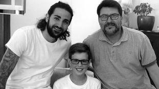 Ricky Rubio, junto a su amigo Luca.