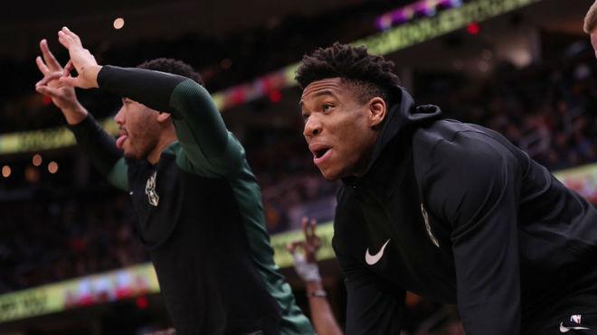 Sexton y los Cavaliers impiden a los Bucks ganar la División