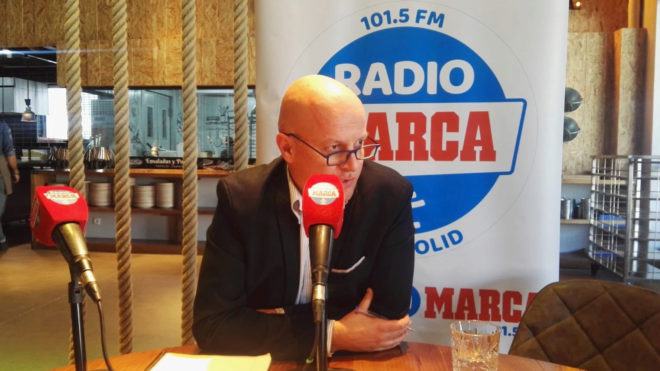 Matthieu Fenaert, en un momento de la entrevista concedida a Radio...