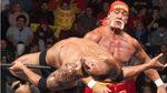 The Rock vs Hulk Hogan: el aniversario de uno de los combates más míticos