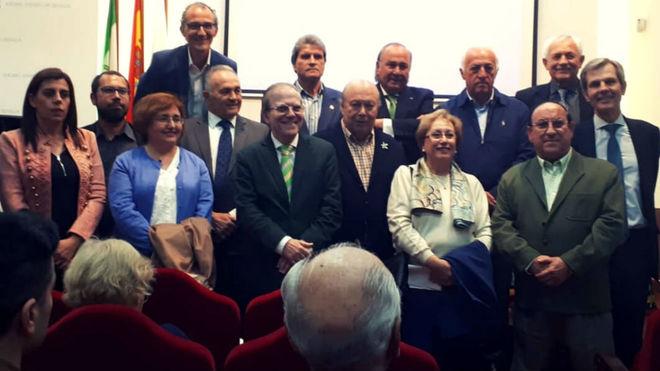 Homenaje a Manuel Simó en el Ateneo de Sevilla