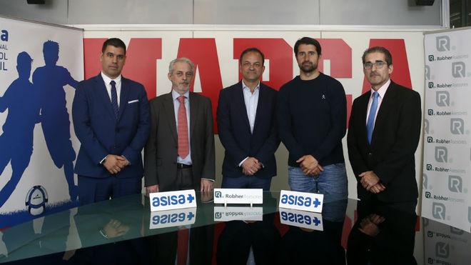 Jorge Roberto Herrero (Robher Asesores); Manuel Gorgón (Asisa); Emilio Contreras, subdirector de MARCA; Rubén de la Red y Pedro García, organizador.