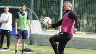 Álvaro Cervera, en un entrenamiento de esta semana: el que tuvo...