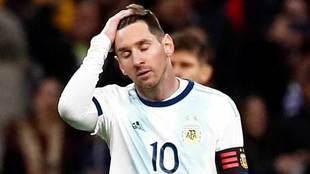 Messi no pudo hacer nada ante Venezuela.