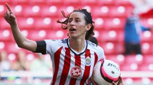 Tania Morales celebra el gol 1500 de la Liga MX Femenil.